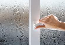 Конденсат на окнах после утепления балкона